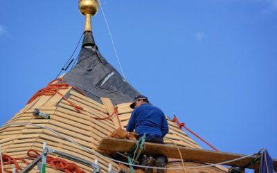 Dachdeckerin / Dachdecker werden – Infos über Beruf, Ausbildung und Gehalt