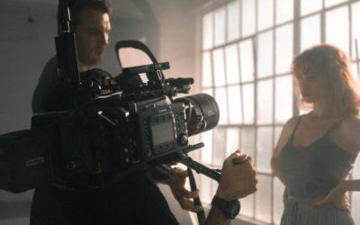 Schauspieler / Schauspielerin werden: Infos über Beruf, Ausbildung und Gehalt